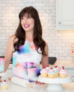 Lise Ode-Mom Loves Baking
