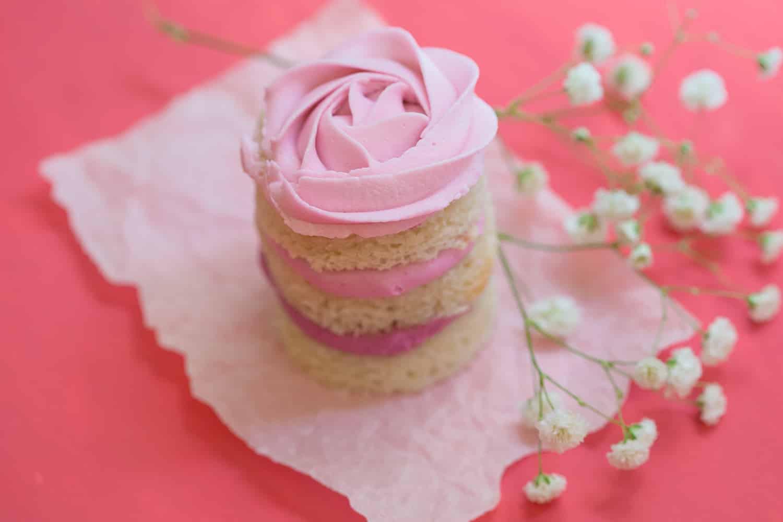 Pink mini cake by Susan Block